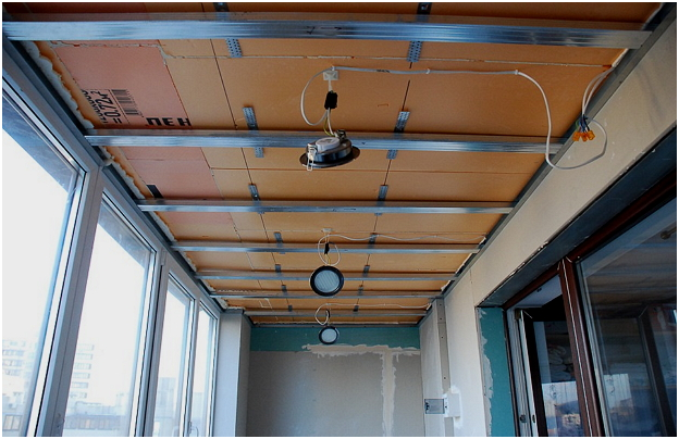 Как сделать потолок на балконе фото 809