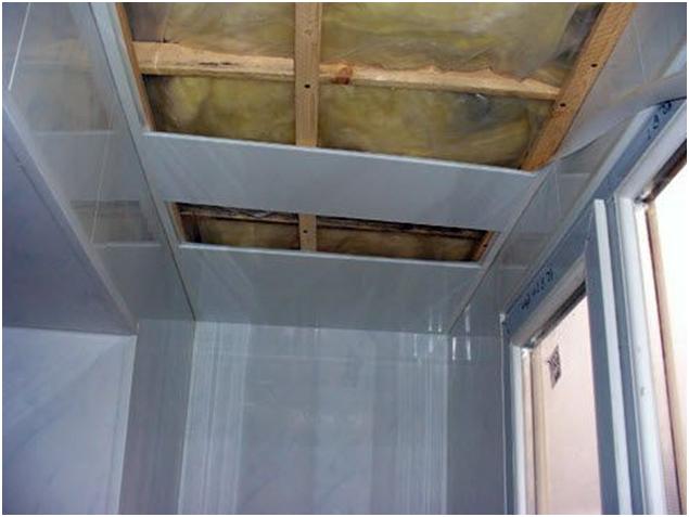Монтаж потолка на лоджии балконе видео..