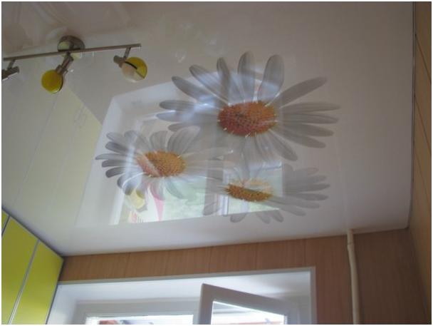 Подвесной потолок на кухне: плюсы и минусы, монтаж, советы