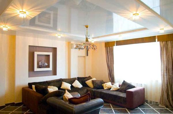 Потолок в гостиной и зале - варианты оформления
