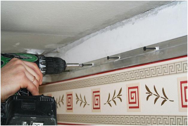 Какое расстояние между потолком и натяжным потолком должно быть?
