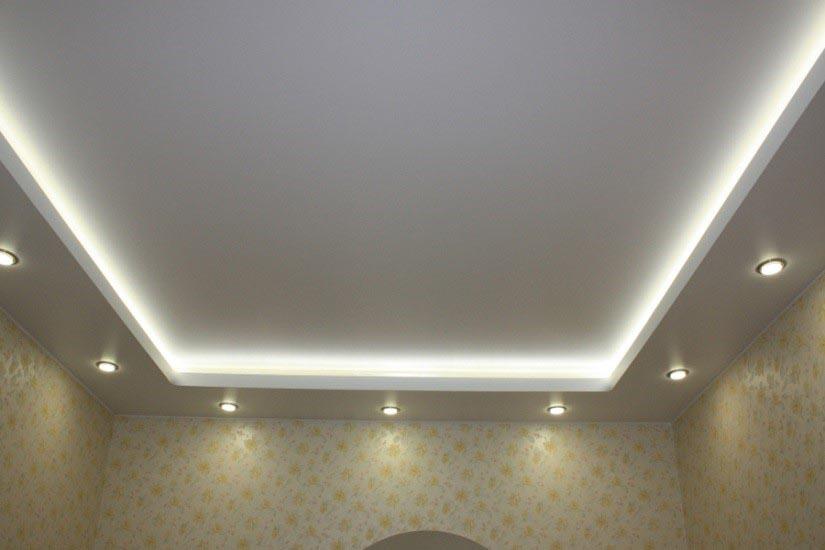 новогодняя двухуровневые потолки по периметру фото смотрю